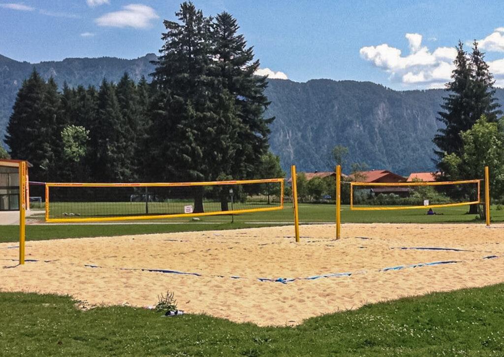 doppelter Beachvolleyballplatz